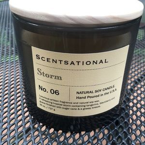 Scentsational Storm Candle 26 oz. **BRAND NEW**